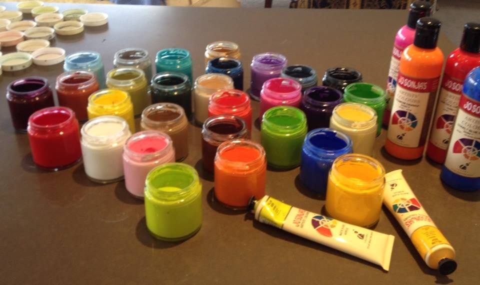 Pots of paint cleaned and ready to start the new term - click to see an enlarged version of this image